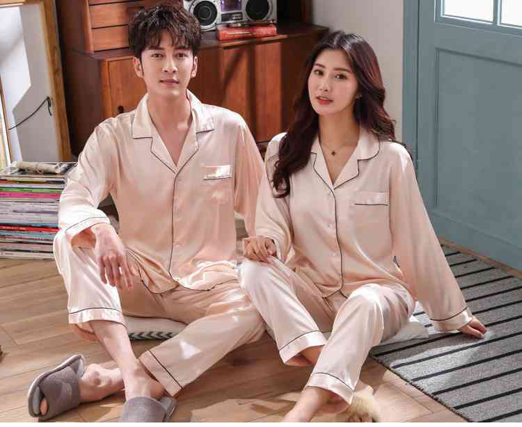 Love Heart New Simulation Silk Long Sleeve Couple Pajamas Sets on sale 21