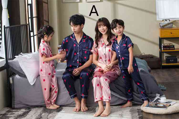 Pink And Blue Strawberry Short-sleeved Thin Section Ice Silk Parent-child Pajamas Suit on sale 1